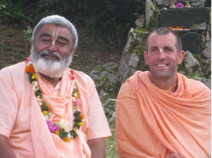 Sadhu Maharaja with Krishna Chandra in Dole/France